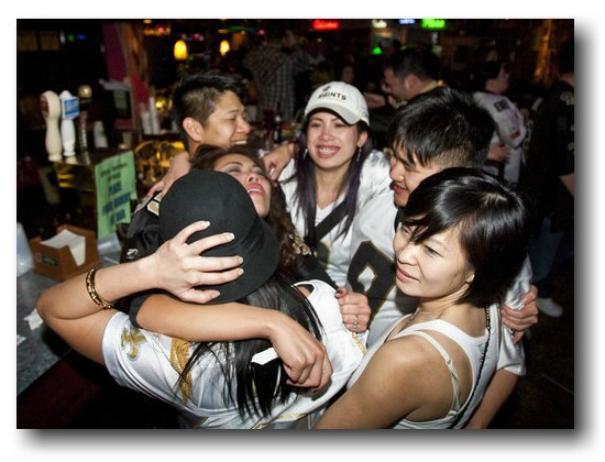 Vietnamese Americans in New Orleans celebrate the Saints' Super Bowl victory © Skip Bolen/Getty Images